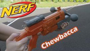 Ona tiré avec le Nerf de Chewbacca