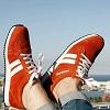 Concept : Les chaussures connectées Sneakairs d'EasyJet pour servir de GPS