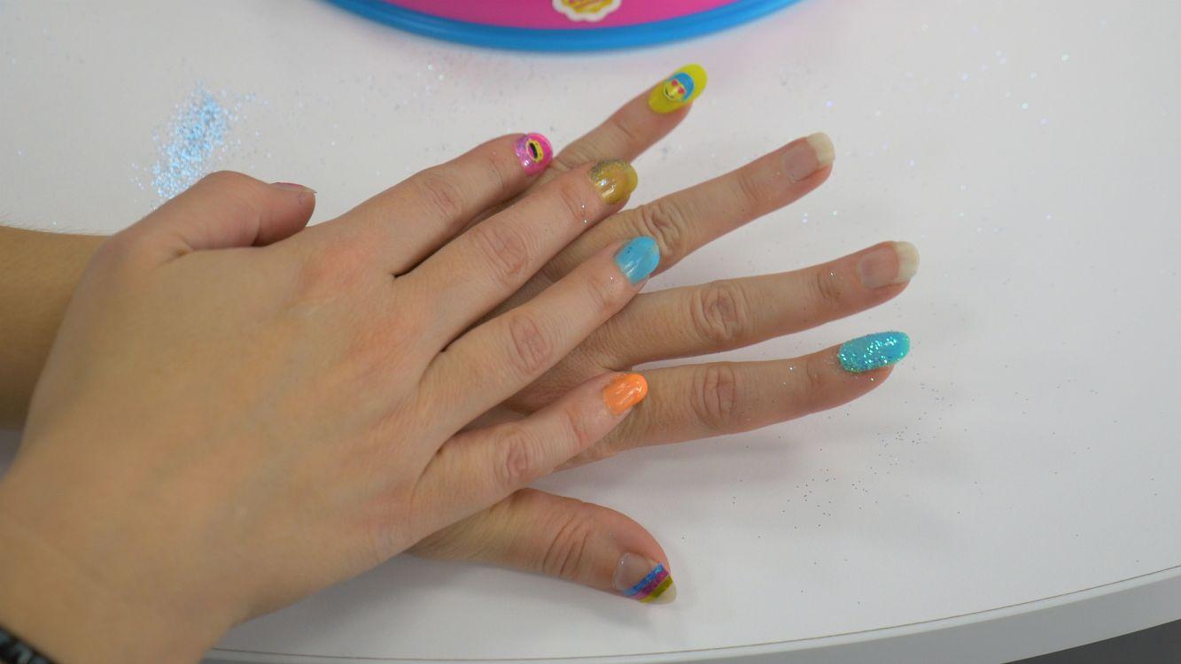 Giochi preziosi bar ongles soy luna comparer avec - Salon pour les ongles ...