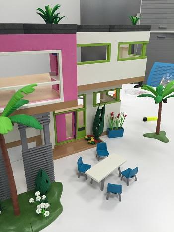 Playmobil 5574 city life maison moderne comparer avec for De la maison avis