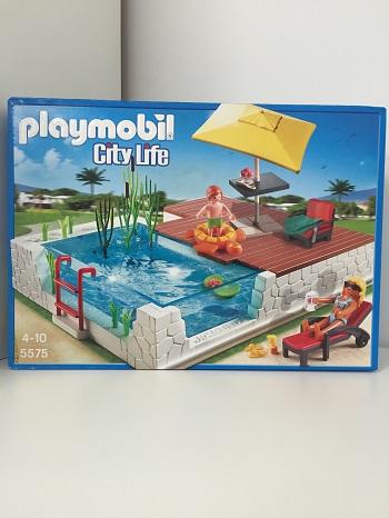 Playmobil 5575 city life piscine avec terrasse for Piscine avec terrasse playmobil