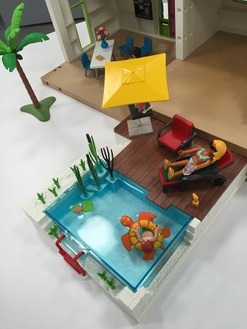 Playmobil 5575 city life piscine avec terrasse for Playmobil piscine avec terrasse