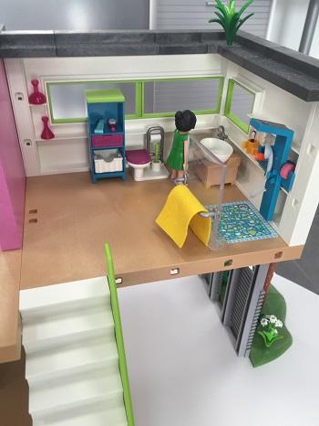 D mo playmobil city life piscine studio des invit s for Agrandissement maison moderne playmobil